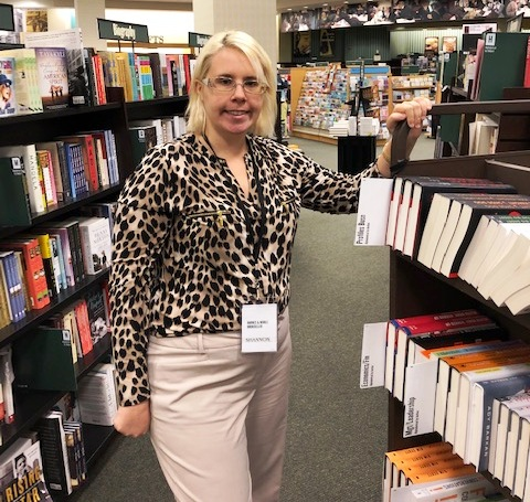 Barnes and Noble clerk
