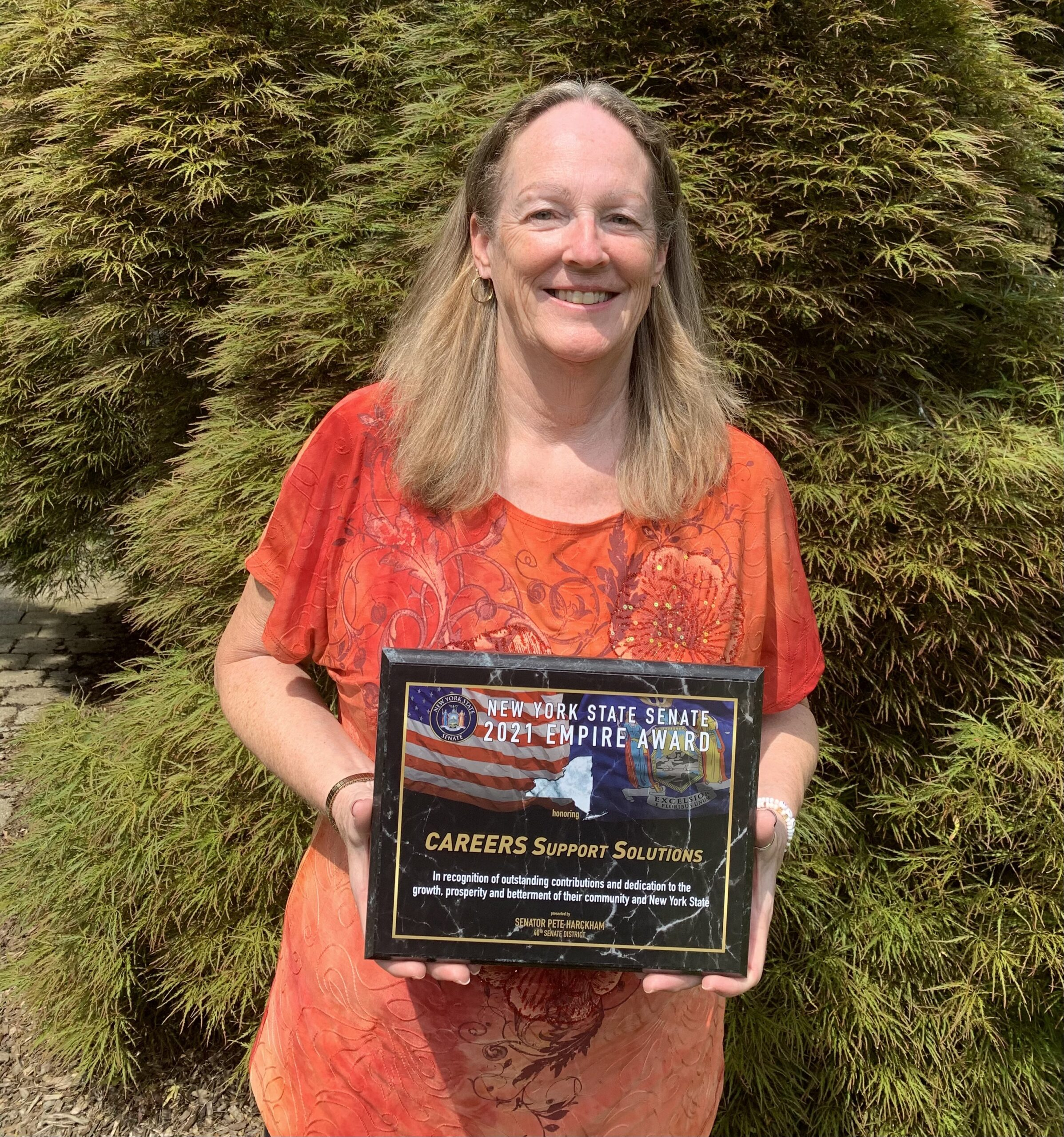Tina Cornish-Lauria accepts NYS Empire Award